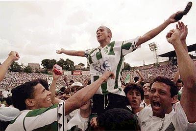 comemoração do título da série b de 97. foto: marcelo santana